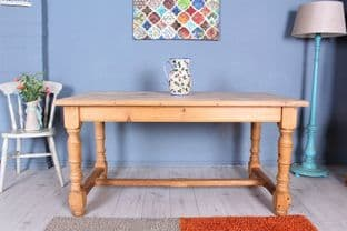5 FT  PINE  FARMHOUSE KITCHEN TABLE