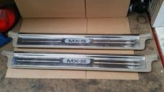 MAZDA MX5 EUNOS (MK2 1998 - 05) MX5 SILL PLATES - PAIR - POLISHED / SHINEY  TAN