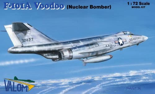 Valom 1/72 Model Kit 72124 McDonnell F-101A Voodoo nuclear bomber including Mark 7 Nuclear Bomb
