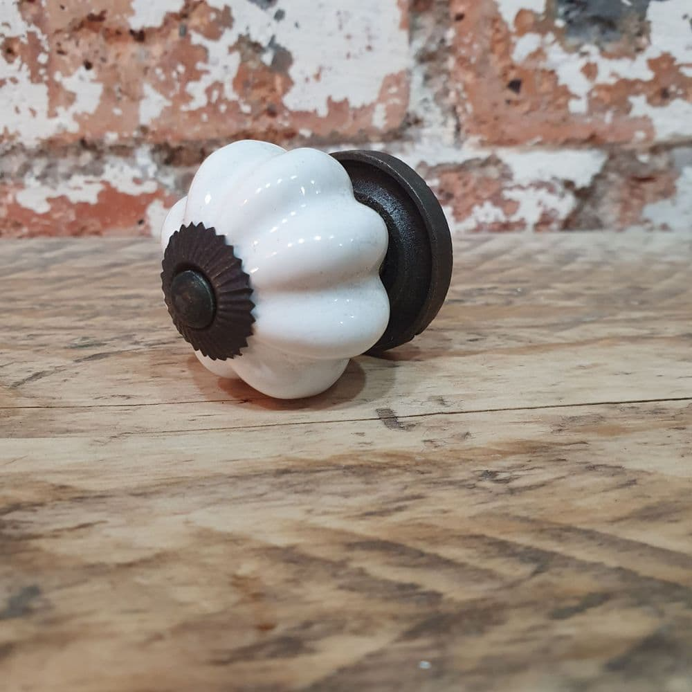 White Ceramic Knob with Back Plate 35mm