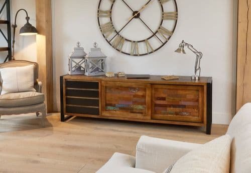 Baumhaus Urban Chic Ultra Large Sideboard IRF02E