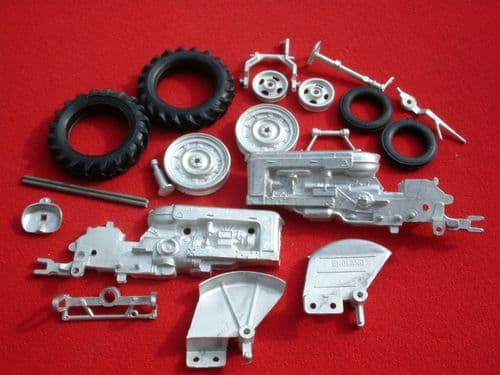 "Britains Fordson Tractor Fordson Major DDN "" Rubber Tyres Version "" White Metal Kit "" (Price Each)"