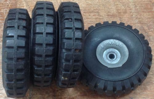 Original Tri-ang / Triang Junior series 66mm x 18mm tyre and hub wheel  [ price is per Wheel ]