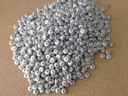 "Trading Pack of 500 Dinky Toys Pre-War 15mm ""Smooth hubs"" in White metal"
