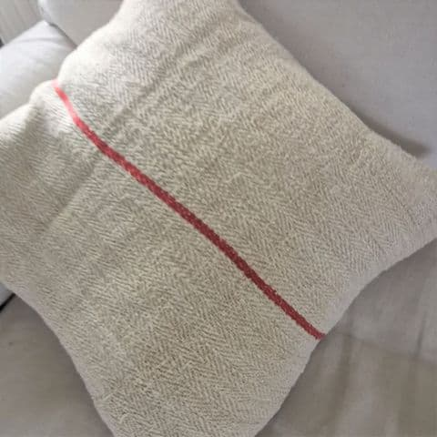 Vintage Linen Cushion Cover    1 avail (1)